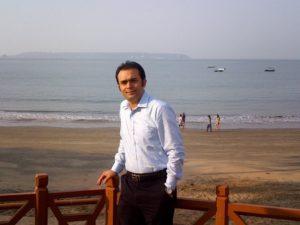 Author Ravi Dabral